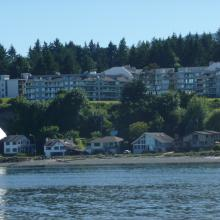 Homes on Departure Bay Beach